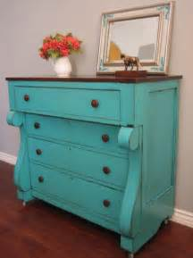what paint do you use to shabby chic furniture best