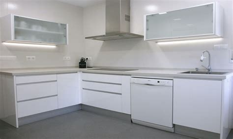 encimera microcemento opiniones 45 cocinas en blanco total cocinas con estilo