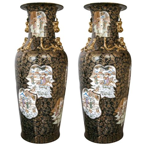 impressive pair of beautiful mirror black floor vases for sale at 1stdibs