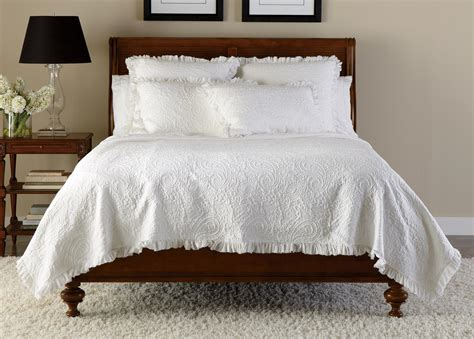 coverlet and shams white paisley matelass 233 coverlet and shams quilts