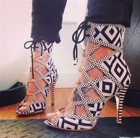 multi pattern heels shoes high heels black and white heels black and white
