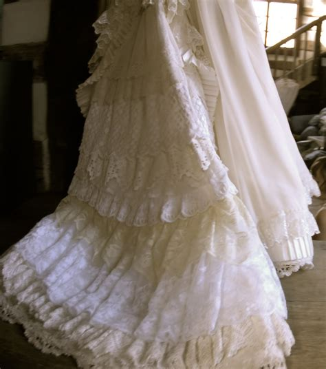 Antique Wedding Dresses by Antique Lace Wedding Dresses Wedding Dresses 2013