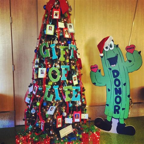 christmas tree donation bring some donatelife awareness to your tree this season kudos to donate