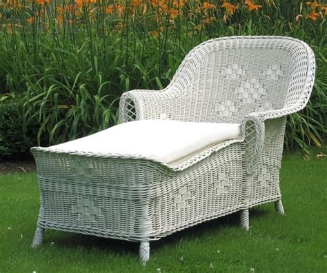 white wicker chaise lounge clearance white wicker chaise lounge chaise design