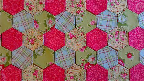 Patchwork Paper - hexagonal patchwork sew sensational