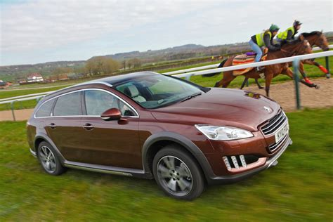 peugeot cars australia peugeot 3008 2017 pricing and specs confirmed car