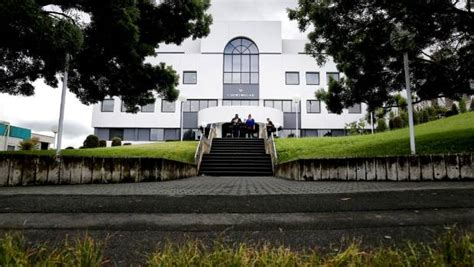 Fairfax District Court Search Mums Fight In Gallery At Hamilton District Court Stuff Co Nz