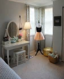 Cheap Bedroom Decorating Ideas For Teenagers Small Room Design Bedroom Ideas For Small Rooms Teenage