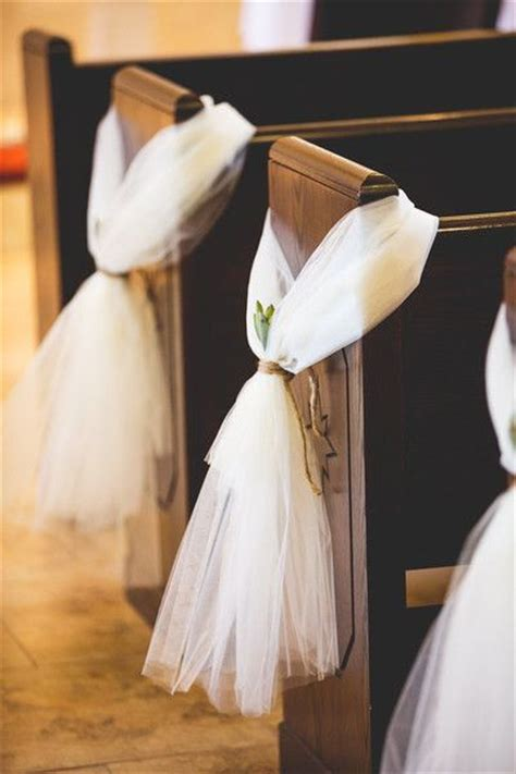 Wedding Aisle Marker Ideas by 1000 Ideas About Pew Markers On Pew Flowers