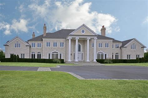 colonial mansion upper brookville colonial 7 995 000 pricey pads
