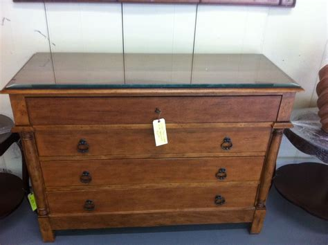 Top Dresser 4 drawer glass top dresser