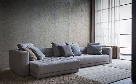 divani designer divani con penisola e ad angolo al salone mobile