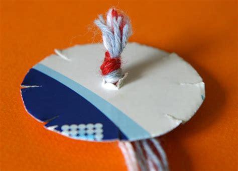 DIY : tricoter un bracelet à 7 fils   Cabane à idées