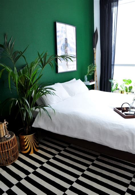Decorating Ideas For Bedroom With Green Walls 26 Awesome Green Bedroom Ideas Decoholic