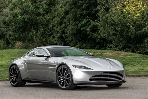 Aston Martin Cars by World Fast Cars New Aston Martin Pictures Models