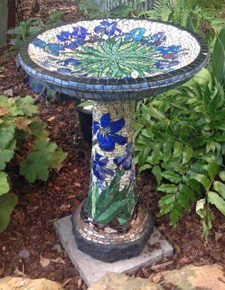 Garten Und Deko 2084 by Mosaic Birdbath This Page Has A Lot Of Info On How To