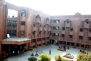 Amity Jaipur Mba Placement india s best business schools 2014 amity business school