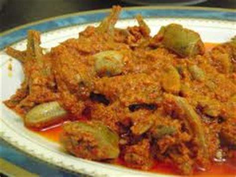 Sambalado Tanak Ikan Sepat Jengkol 7 makanan khas sumatera barat ngekul