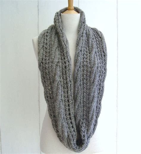 easy infinity scarf pattern knitting and easy knitting pattern for chunky cable lace