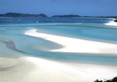 escaping the velvet rut an adventurer s guide to chasing your dreams books a whitsunday adventure