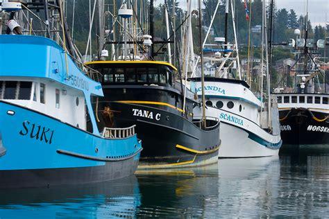 used boats oregon coast boats in newport harbor oregon coast image