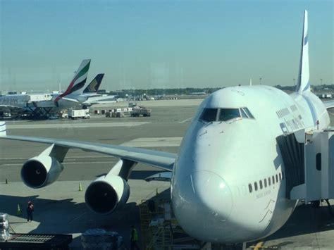 emirates jfk terminal trip report asiana first class suite jfk icn flight
