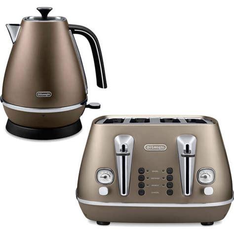 Delonghi Toaster Warranty De Longhi Distinta 4 Slice Toaster And Kettle Bundle
