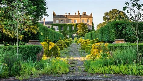 Enjoy a tour of HRH The Prince of Wales's private gardens