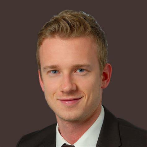 siemens bank gmbh münchen michael ascher junior financial manager operations