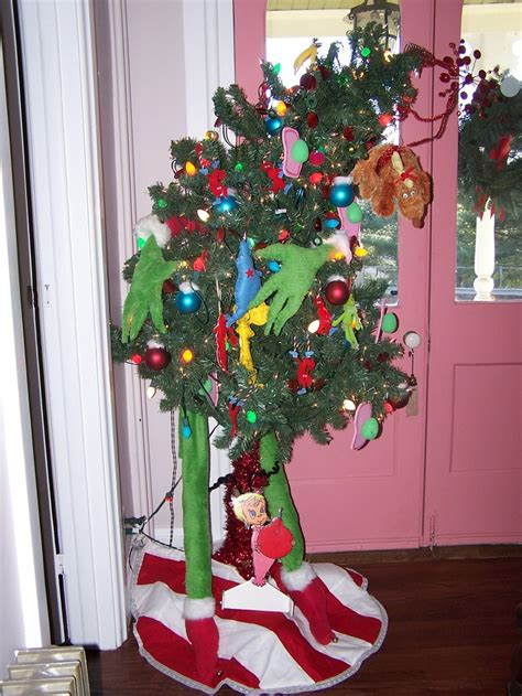 the grinch tree holiday party ideas and decorating