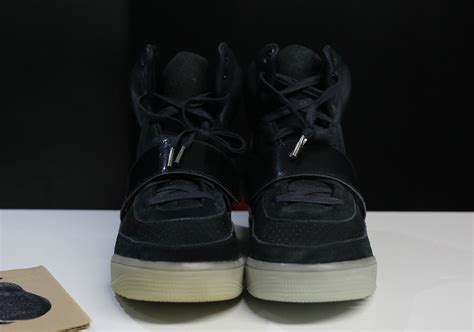 ebay yeezy world s rarest nike air yeezy priced at 65k on ebay