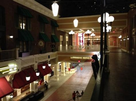 View From Second Floor Picture Of Ameristar Casino St Ameristar Buffet St Charles Mo