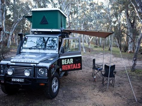 Karpet Comfort Deluxe Toyota Land Rover Defender 2 Baris 4wd cervan motorhome hire australia mydriveholiday