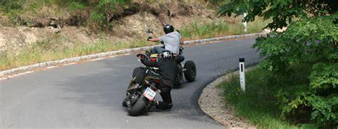 Motorrad Garage Schieben by Can Am 450 Ds Testbericht