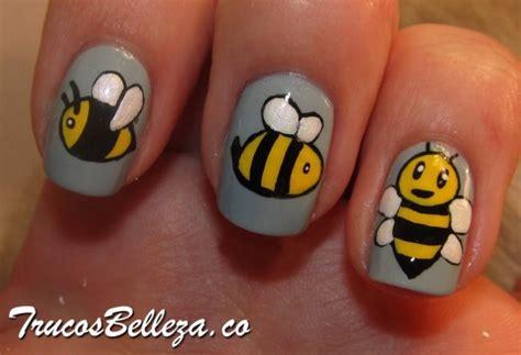 imagenes de uñas pintadas de minions abejitas en dise 241 o de u 241 as para ni 241 as