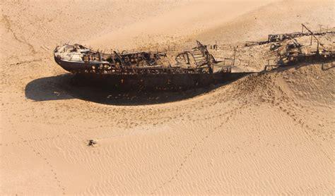 Luxury Bathrooms by Hoanib Skeleton Coast Camp Namibia Black Tomato
