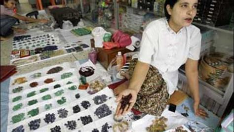 gem dealers push ban on myanmar rubies cbs news
