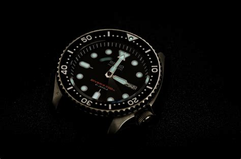 best dive watches 300 atomic811