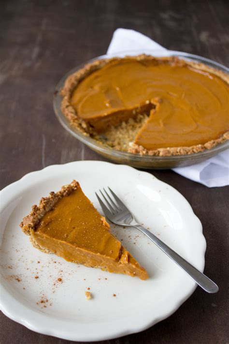 how to make a vegan sweet potato pie video sweet potato soul by jenn 233 claiborne