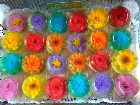 Jelly Jepit Flower Snake jelly bean cupcakes cake ideas and designs