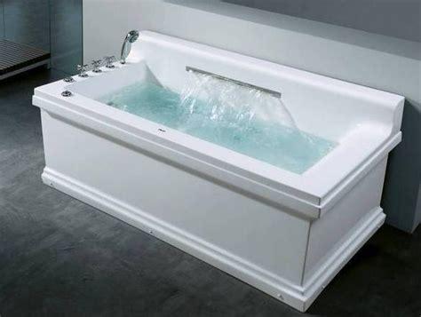 giant bathtub rectangular whirlpool bathtub with big water fall ft 238b