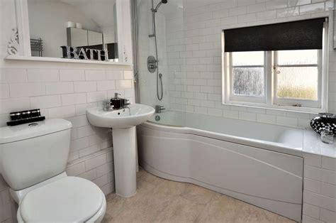 Modern Bathroom White Tile Modern White Bathroom Design Ideas Photos Inspiration