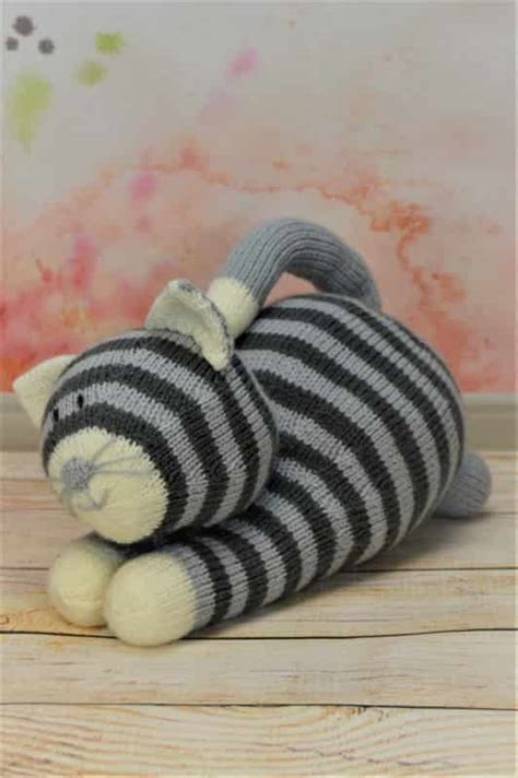 cat motif knitting pattern playful cat knitting by post