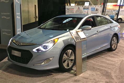 2014 hyundai sonata hybrid review cargurus