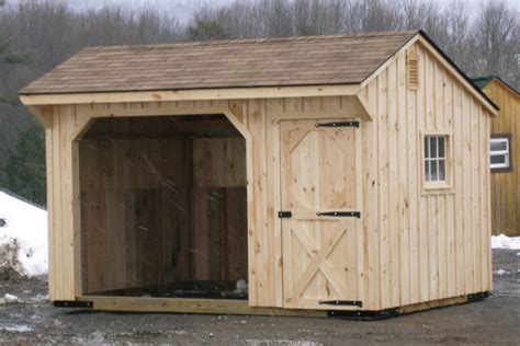 barns stalls run in sheds for your horses