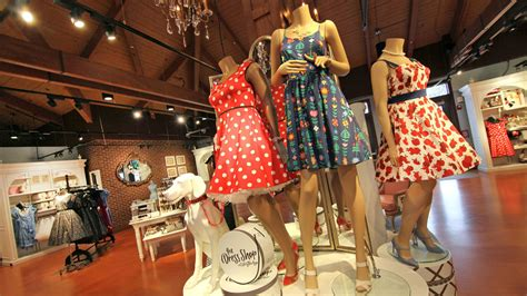 dress shop the dress shop returns to cherry tree on july 27