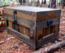 recycled pallet chest toy box coffee table pallet furniture diy