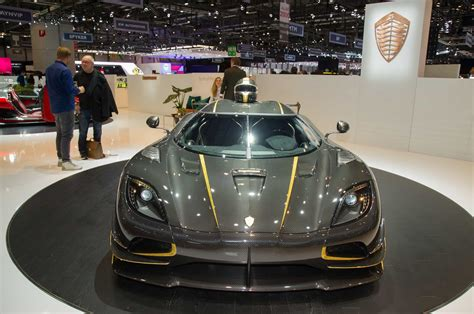 koenigsegg gryphon koenigsegg agera rs gryphon with gold and 1360 hp