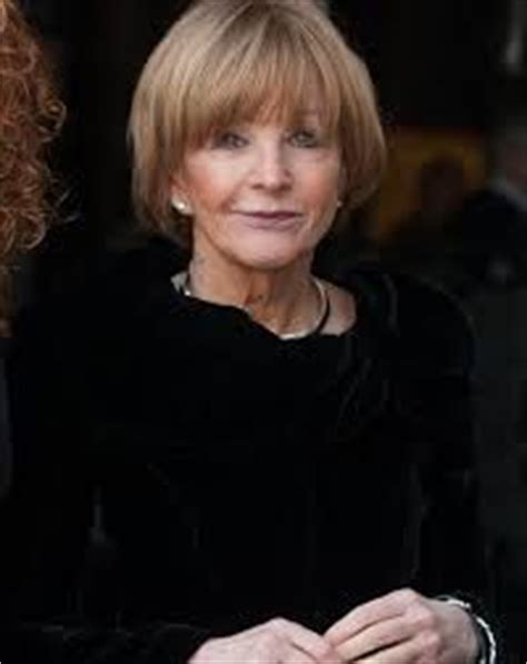 anne robinson hairstyles 17 best images about hair styles on pinterest flip out