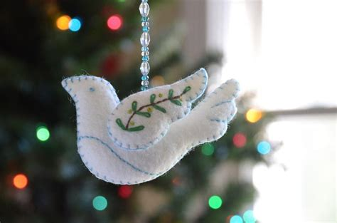 Pattern For Felt Dove Ornament | felt peace dove ornament by betz white sewing pattern